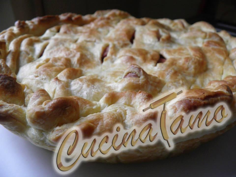 Rustico di pasta sfoglia ripieno di patate e wurstel for Cucinare wurstel